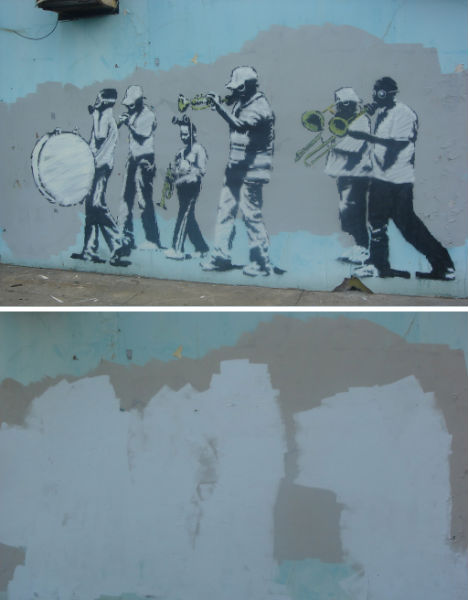 banksy-grey-ghost-3